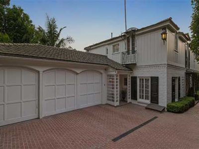 Erine 7 House White 400x300