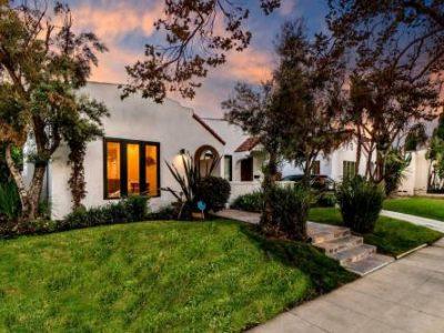 816 N Mansfield Ave Los Angeles CA 90038 231 400x300